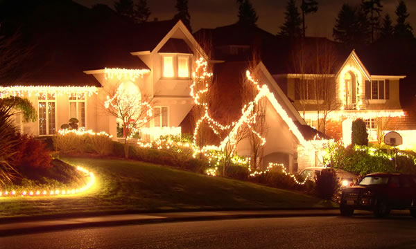 Holiday & Custom Lighting Installation